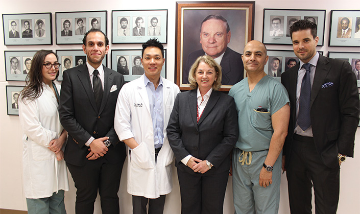 The MUHC Plastic Surgery team. From left to right: Dr. Sabrina Cugno, Dr. Omar Fouda Neel, Dr. James Lee, Dr. Lucie Lessard, Dr. Teanoosh Zadeh and Dr. Mirko Gilardino.